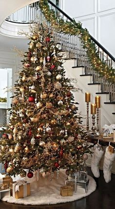 christmas-tree-gif5cfd77cef7ec8ac4.jpg